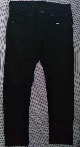 Celana panjang Hitam Guten Inc (Second)