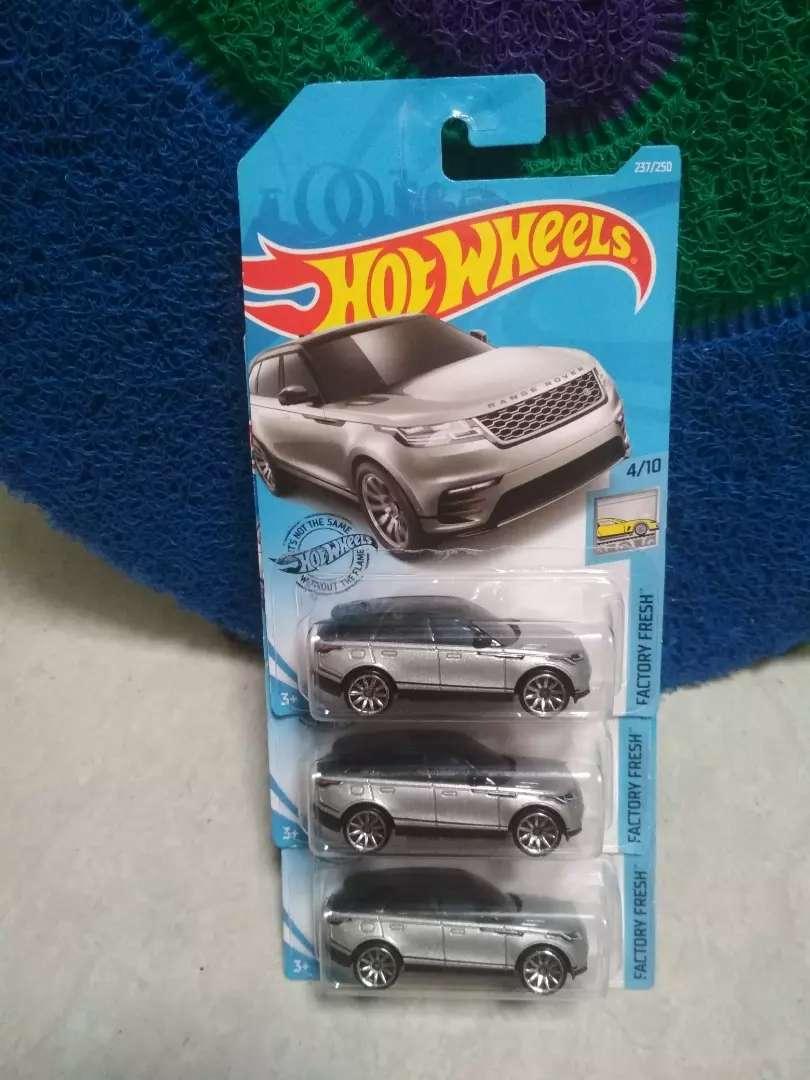 Bismillah.. Assalamualaikum jual hot wheels baru range rover 0