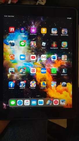 iPad gen 6 128 (WiFi only)