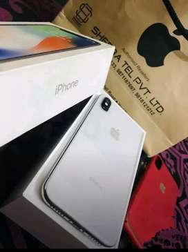 Apple      iPhone       X         64        GB      available