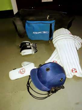 SG CRICKET KIT FOR ADULTS