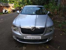 Skoda Superb 2009 Petrol Automatic with sunroof Well Maintained