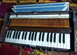 Harmonium 9-stopper, Double Chudidaar bellow, 41-Key, Double Reeds