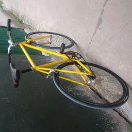 Sepeda pixi siap pakai