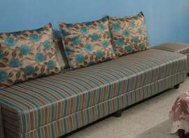 3seater single sofa for sell