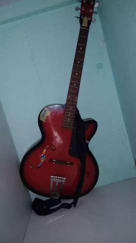 Acoustic guitar very good condition and reasonable price