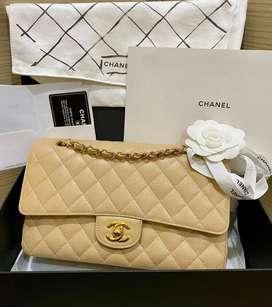 Chanel Med Cav Beige