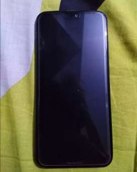 Huawei p20 lite 4/64 Condition 10 by 9 ha. With all accessories.