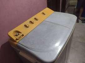 Videocon 6.5kg semi automatic washing machine with dry option,