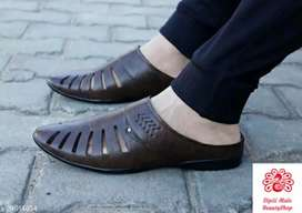 Catalog Name:*Latest Trendy Men Sandals* Material: Synte