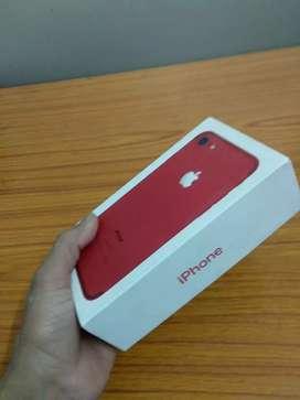 iPhone 7 100% Original and All accessories available and with box