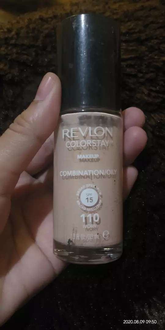 Foundation Revlon 0