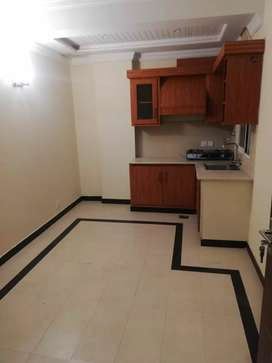 E11 big 1 bed Apartment gas option for rent family residence