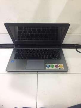 Laptos Asus X441Na