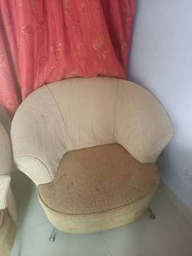 7 seater sofa set very cheap prices 10000 any one need call me