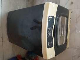 Kelvinator top loading fully automatic washing machine