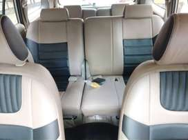 Innova 8 seater car  2.5G model 2010, color - silver vermica