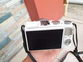 Mirrorless Canon Eos M3 White Mulus Kayak Baru Tinggal Pakai