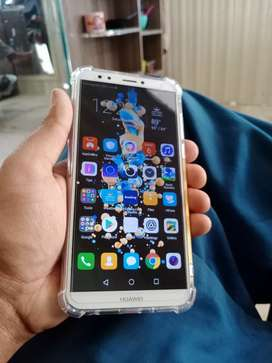Huawei y7 prime 3/32 full box new condition no any fault urgent sale