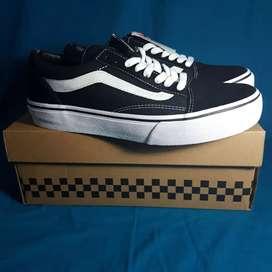 Sepatu Vans Old Skool Black White Japan market Original