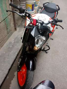 Bajaj Ktm bike Good condition 125 c colour white August 6 2019
