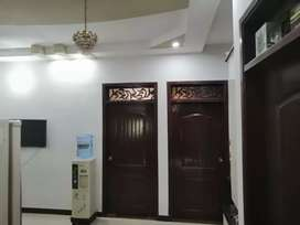 150 sq yards 2nd floor with roof portion 3 beds d d in jauhar