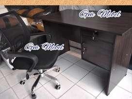 GM MEBEL Meja Biro + Kursi Kantor