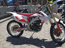 Motor tril crf250 cc full original rolling chasis