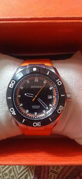 Jaguar swiss made tip top condition no scraches 99% in good condition