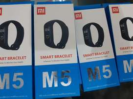 New M5 Intelligence Health and fitness band at discounted Price