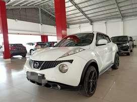 Juke RX Matik 2011 Putih Mobil Ok Siap Pakai