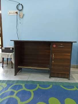 Wooden counter for office purpose