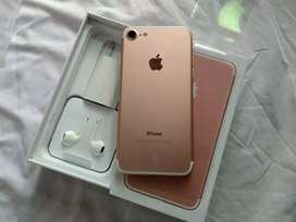 Rose Gold iPhone 7 128GB available 100 % Genuine