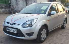 Ford Figo, 2010, Petrol