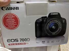 Canon 700D with 75-300 & kit lens
