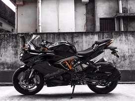 Apache rr 310  xxx.      With pirelli 160/60 rear