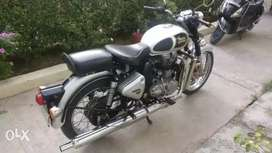 Royal Enfield Classic Bullet 500 at low price