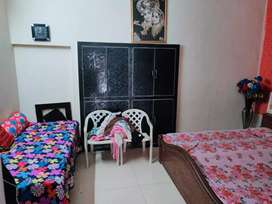 Boys PG available in Paschim vihar near East and West metro station