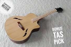 Gitar Akustik Jumbo Natural Doff Model Taylor T5
