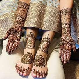 professional bridal makeup and mehndi artist at low price