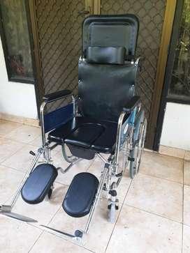 Kursi roda 3 in 1 murah.Masih mulus.jual karena salah beli .jual cepat
