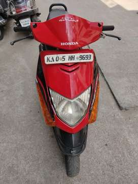 Honda dio 3r owner no insurance in good condition