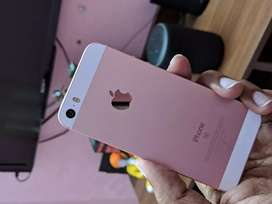IPhone.. Se.. 32GB.. rose gold ..Indian..
