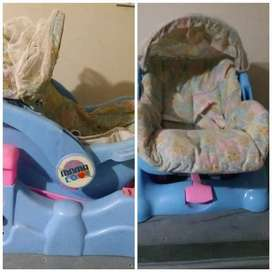 3 in 1 carrycot , seat and swing
