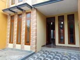 Rumah Baru 2 Lantai Siap Huni di Dinoyo Dekat Kampus UNISMA UB UIN UMM