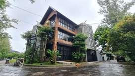 Kost Seperti Hotel di Samping Persis Daerah Wisata Jogja Bay Waterpark