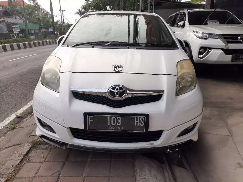 Yaris S limited AT 2010 0