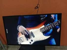 "Sony panel LED TV 32"" full hd smart.."