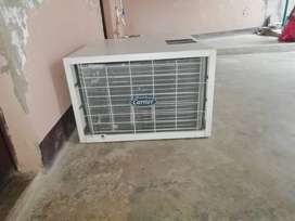 Window ac 1.5 ton only 03 years old very good condition