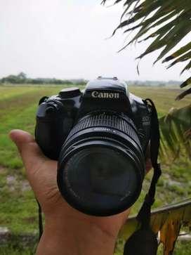 Kamera DSLR Canon 1100D muluuss